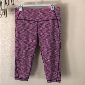 Victoria's Secret Sport Capri leggings size L